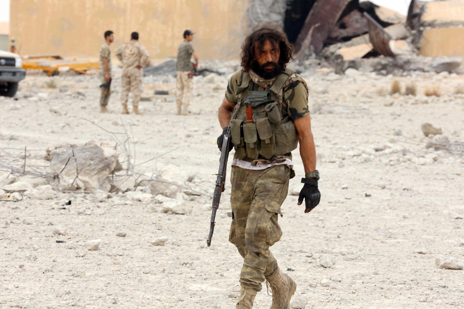 ليبيا.. معارك طاحنة جنوب طرابلس والجيش يستهدف