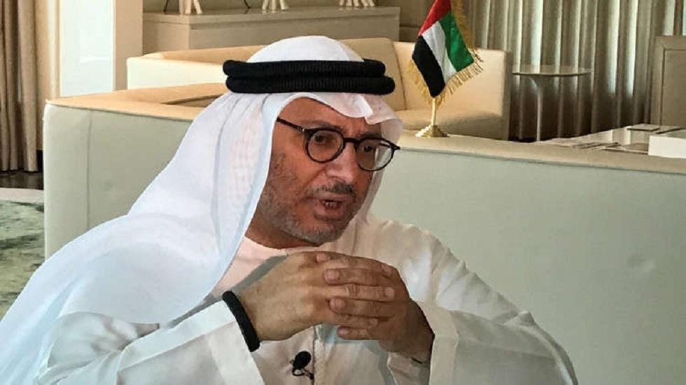 قرقاش: ريادة الإمارات تتعزز بإدارة أزمة كورونا
