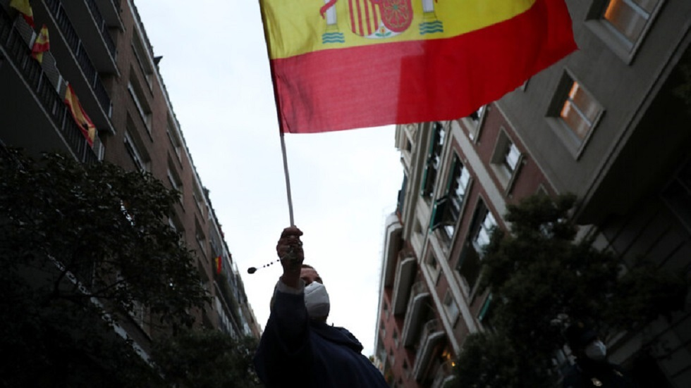 إسبانيا تدرس قرار تمديد حالة الطوارئ في البلاد بسبب كورونا