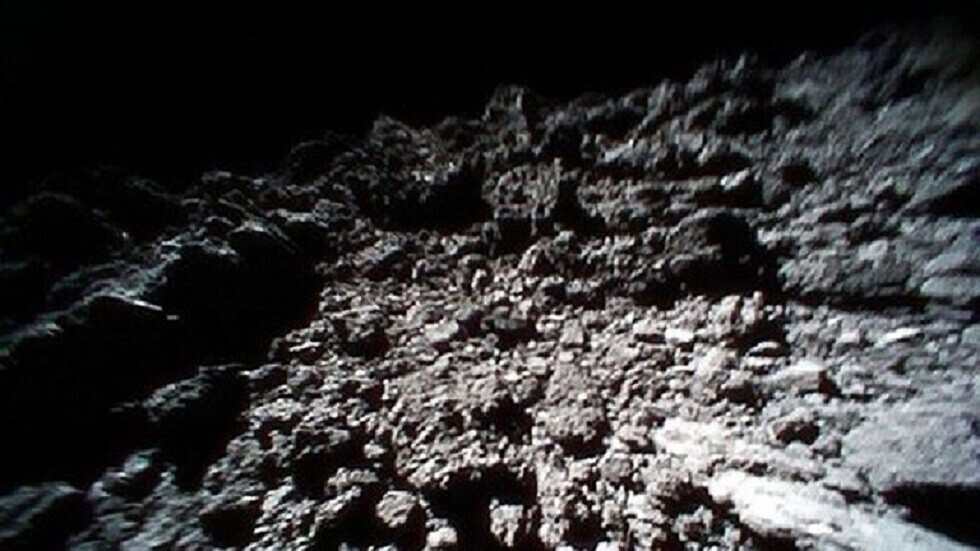 سطح كويكب ريوغو