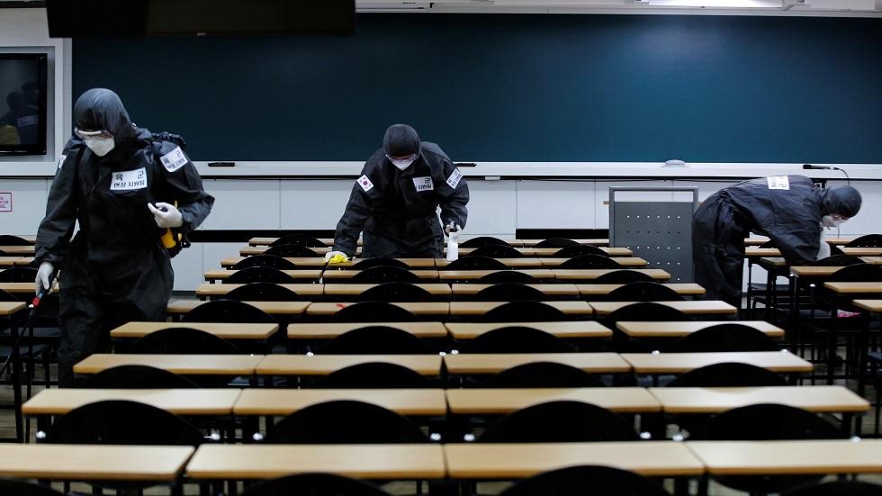 كوريا الجنوبية تتخذ إجراءات تقييدية في المدارس في ظل استمرار تفشي كورونا بالعاصمة