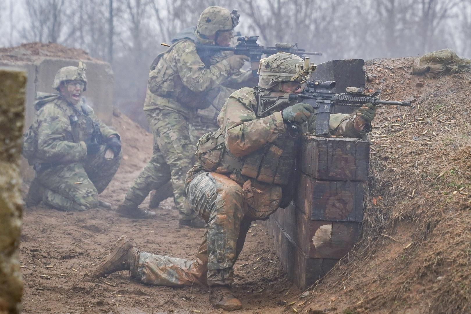 عسكريون أمريكيون خلال تدريبات.