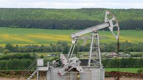 روسيا تتجاوز السعودية في توريد النفط للصين في أبريل