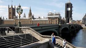 بريطانيا تسجل تراجعا ملموسا للوفيات اليومية بفيروس كورونا