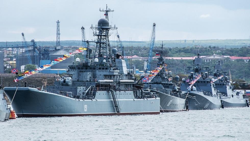 الجيش الروسي يتسلح بسفن وغواصات جديدة