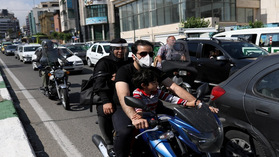 الصحة الإيرانية تحذر من خطر موجة ثانية من تفشي كورونا حال تجاهل القيود