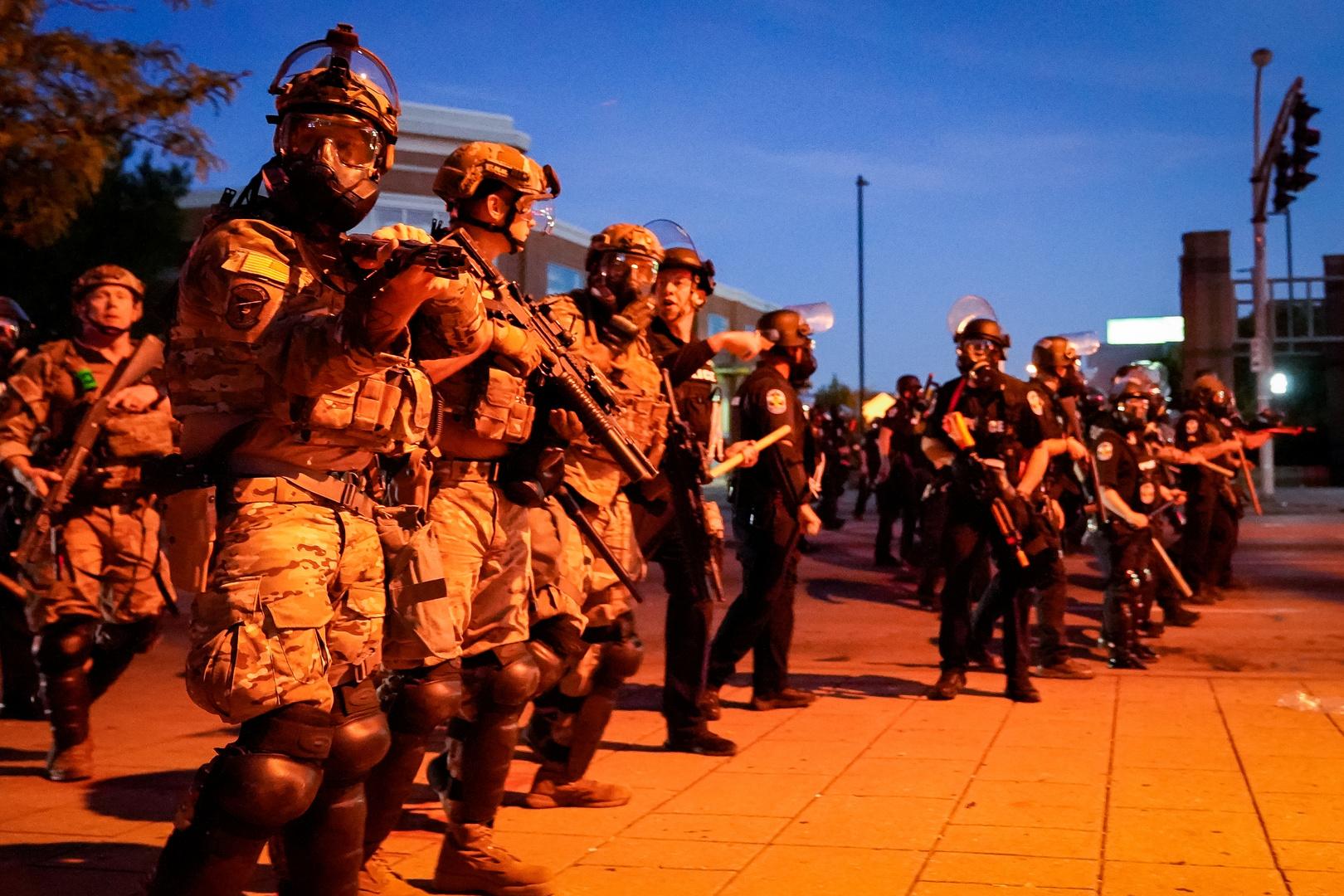 البيت الأبيض: الحكومة الأمريكية سترسل قوات فدرالية إضافية للتعامل مع الاحتجاجات