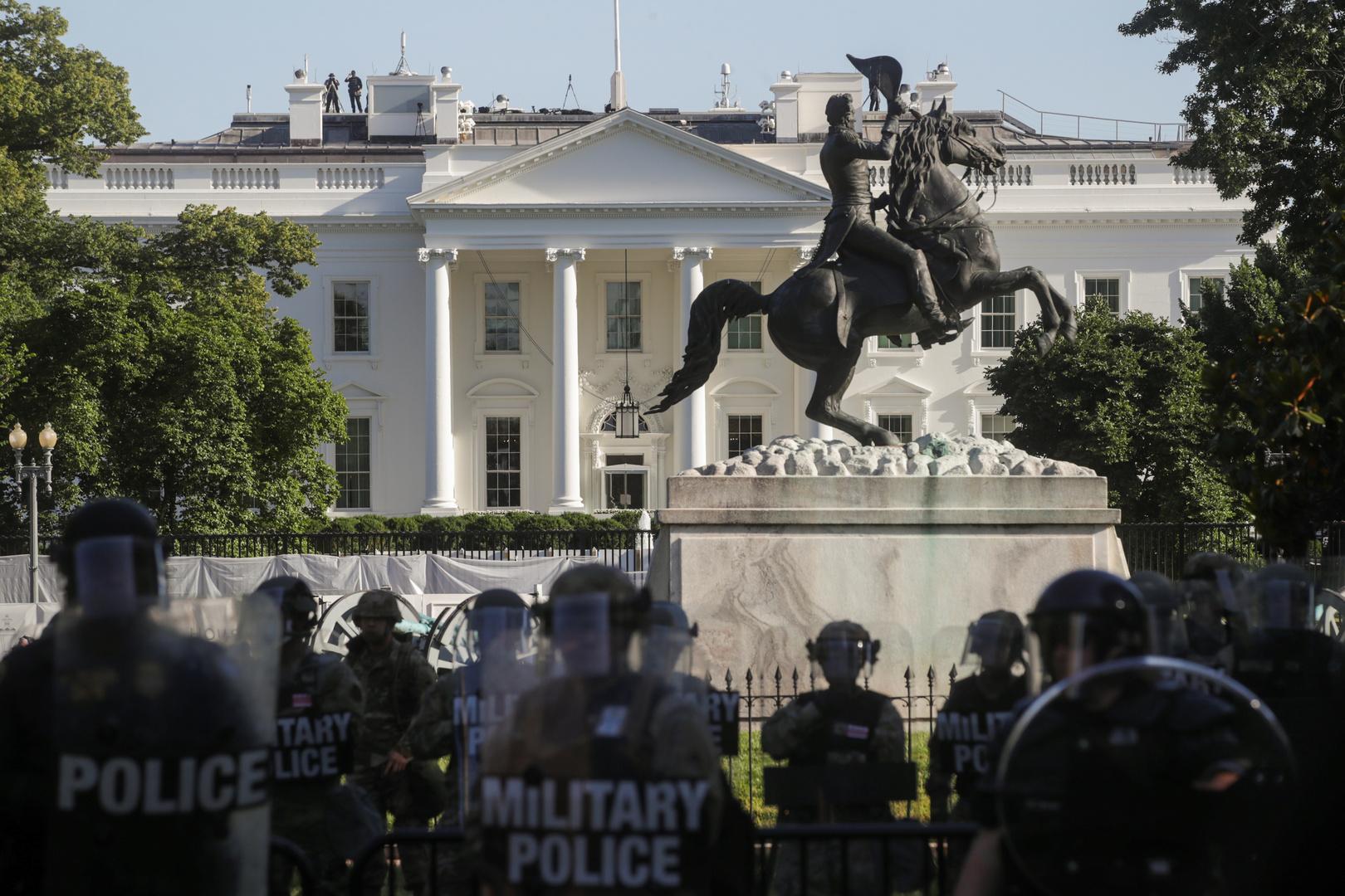 البنتاغون ينقل وحدات من القوات المسلحة إلى منطقة العاصمة واشنطن