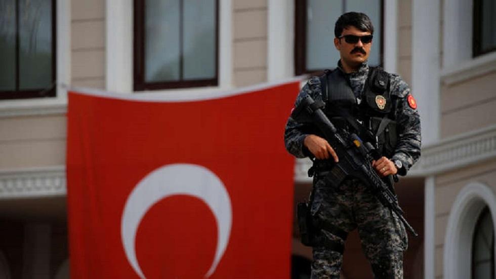 مذكرات اعتقال بحق 118 شخصا في تركيا معظمهم من أفراد الجيش وقوات الأمن