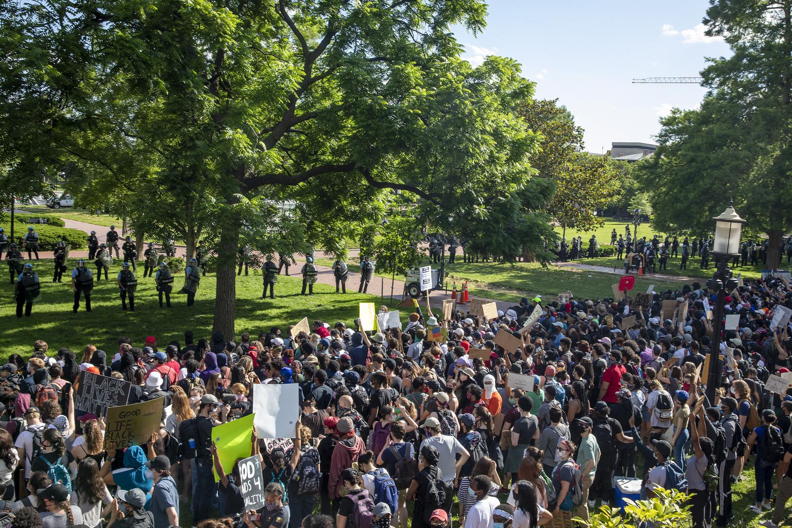 الاحتجاجات في حديقة لافاييت بواشنطن