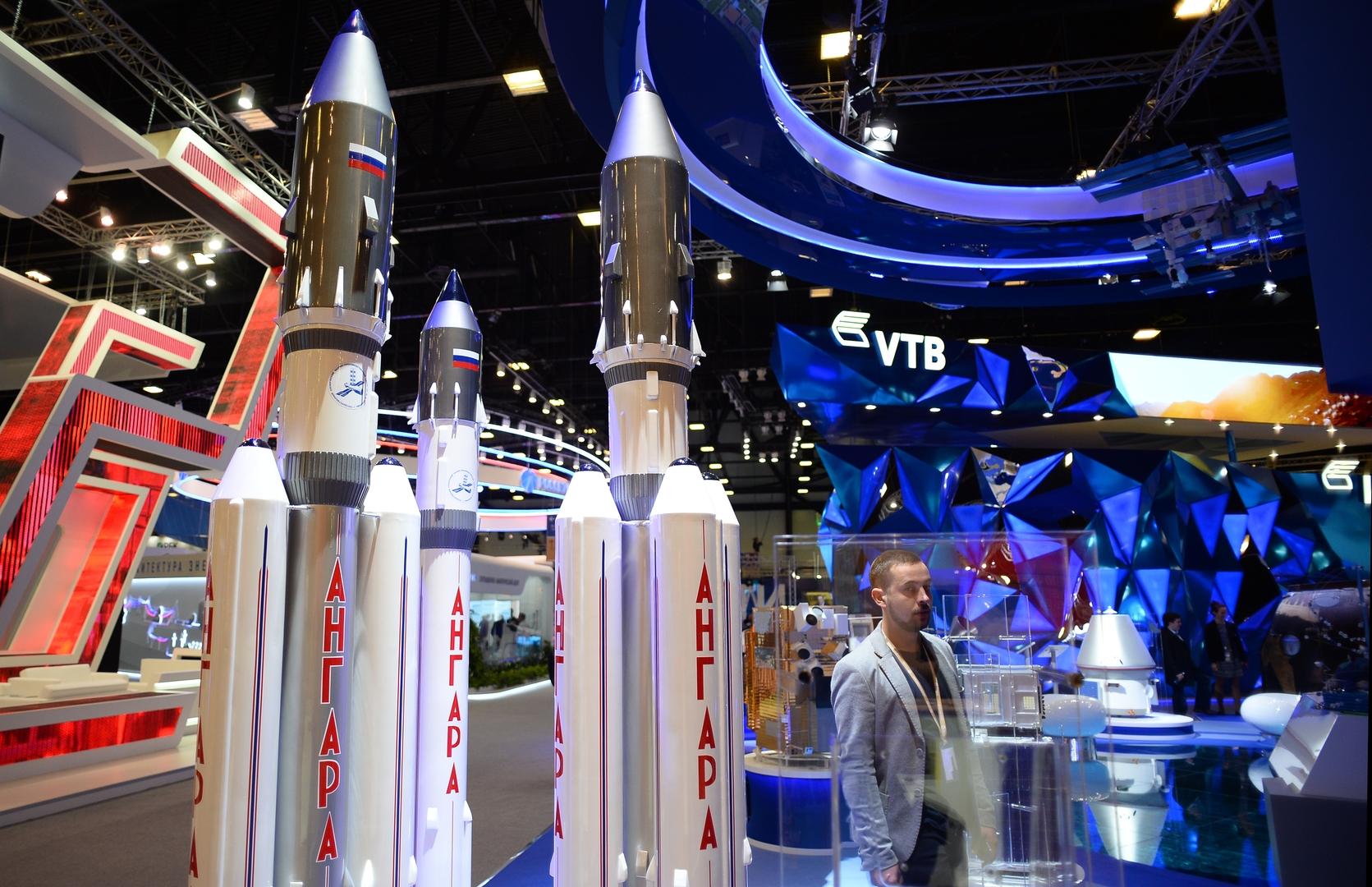 نماذج لصواريخ