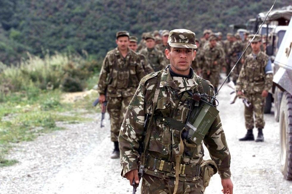 أفراد من الجيش الجزائري (أرشيف)