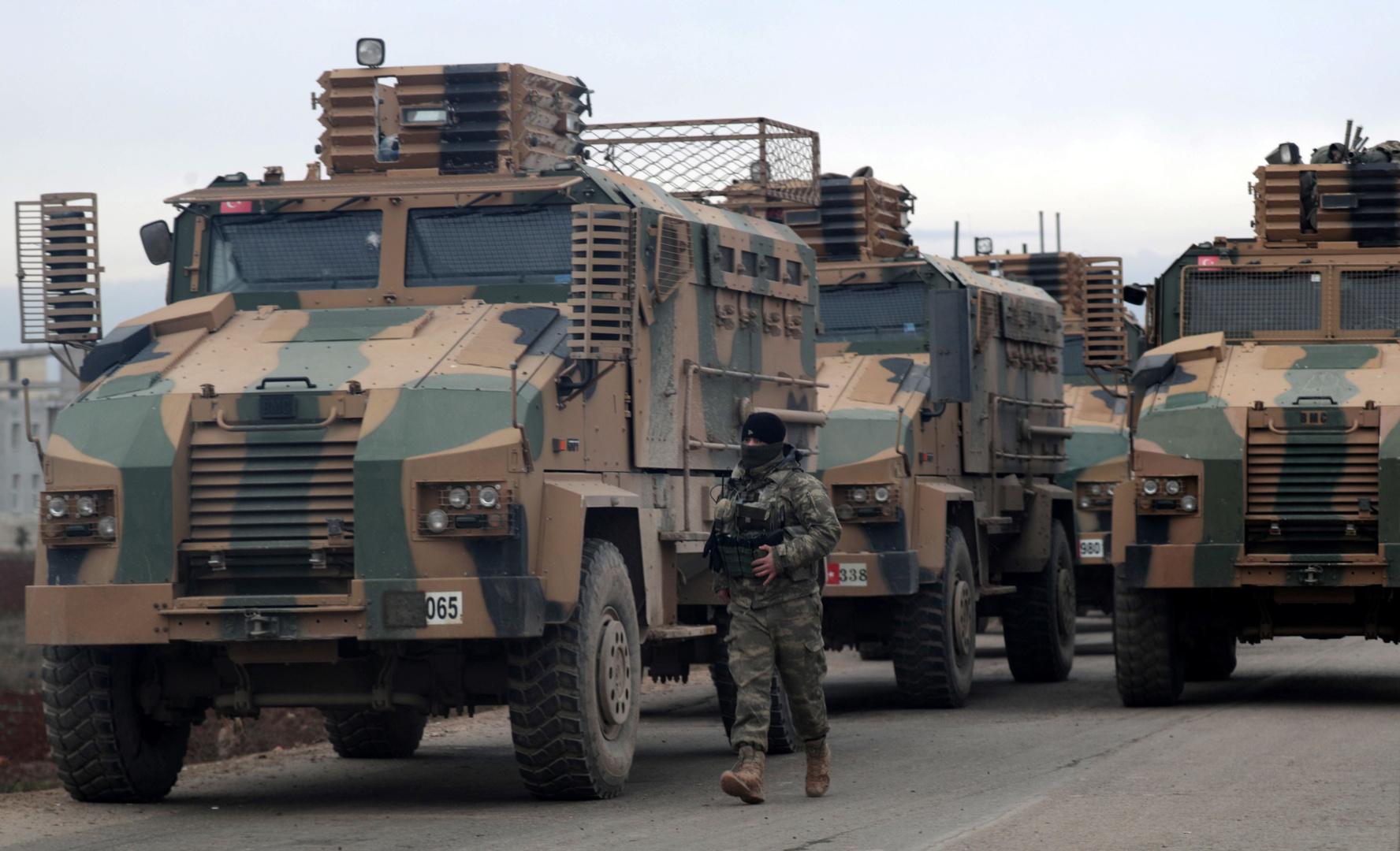 عربات للجيش التركي في محافظة إدلب السورية