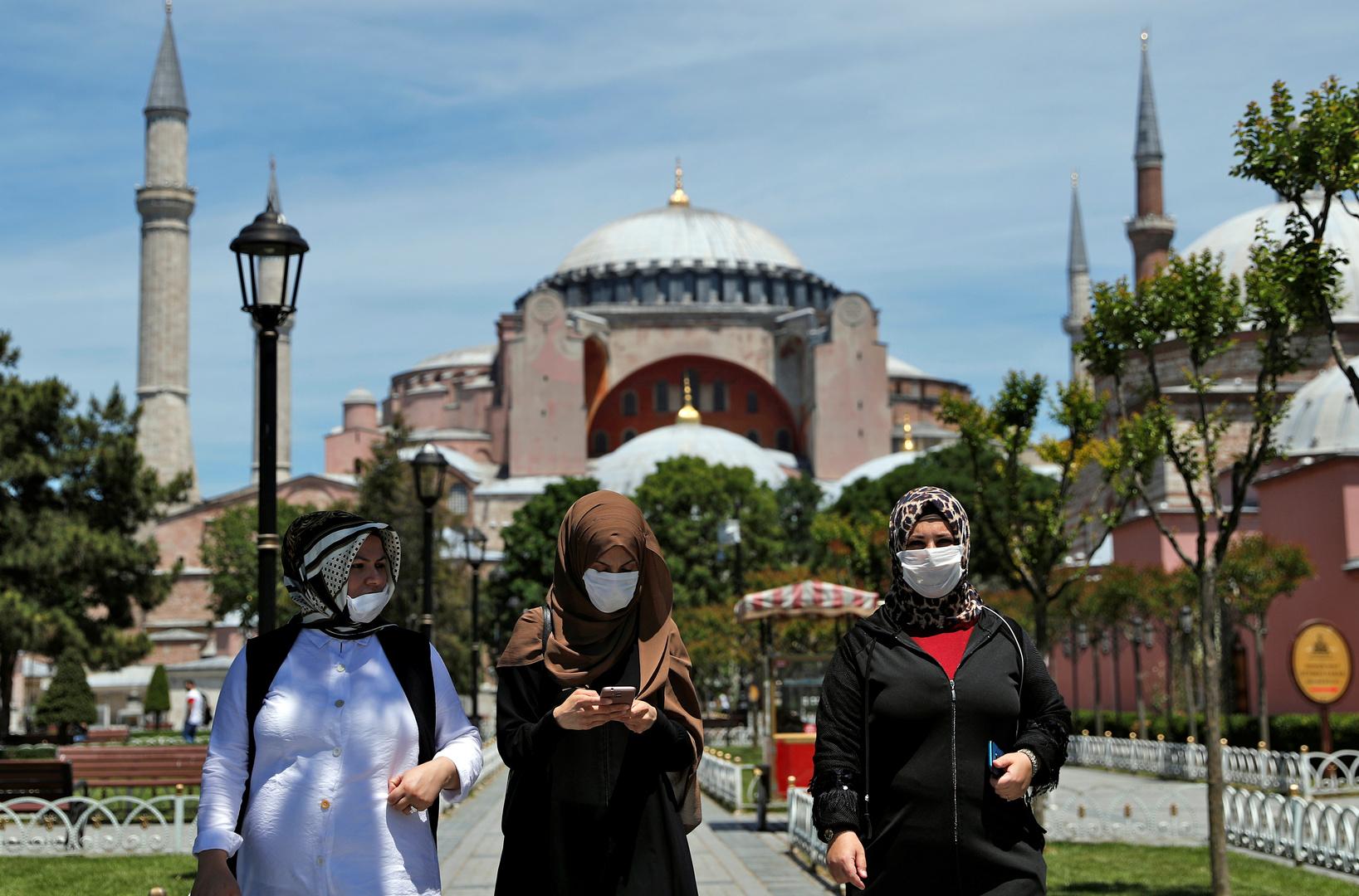 تركيا.. 878 إصابة و21 وفاة جديدة بكورونا
