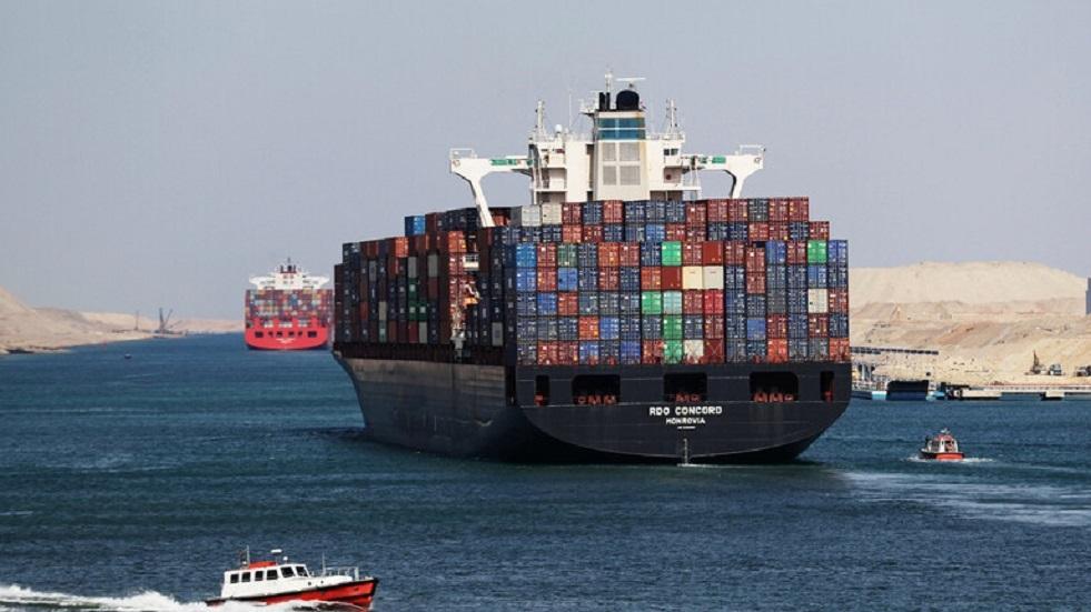 تراجع تبادل الصين التجاري مع روسيا والولايات المتحدة