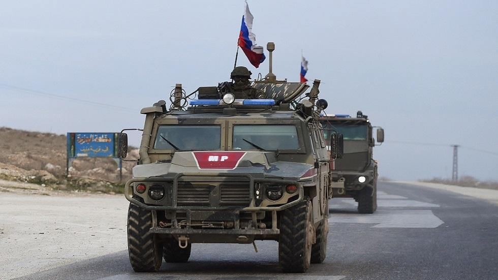 انفجار عبوة ناسفة تحت عربة تابعة للشرطة العسكرية الروسية في عين العرب شمال سوريا ولا إصابات
