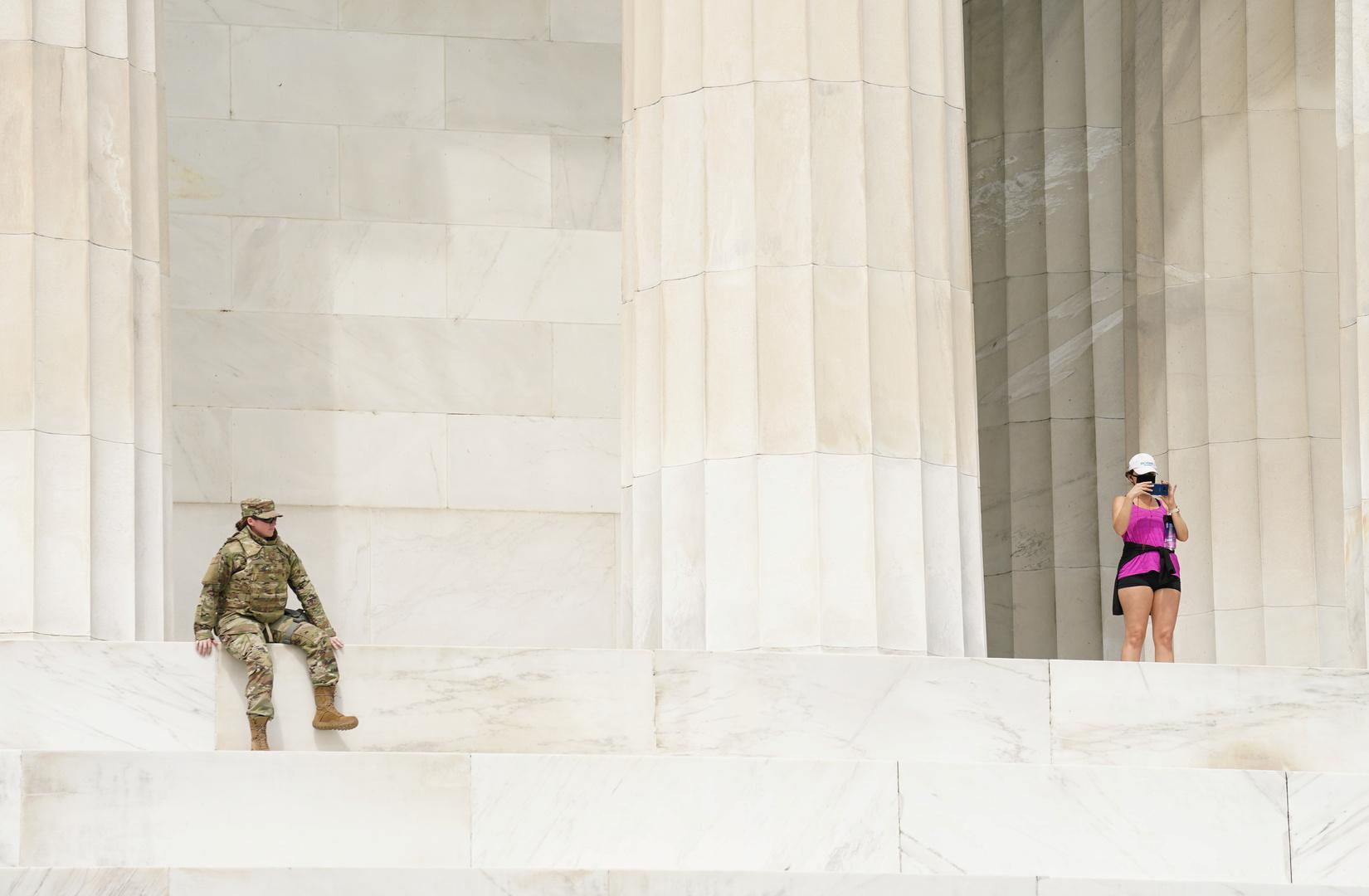 في الولايات المتحدة يسحبون الجيش من المدن: فشل رهان ترامب على العسكر