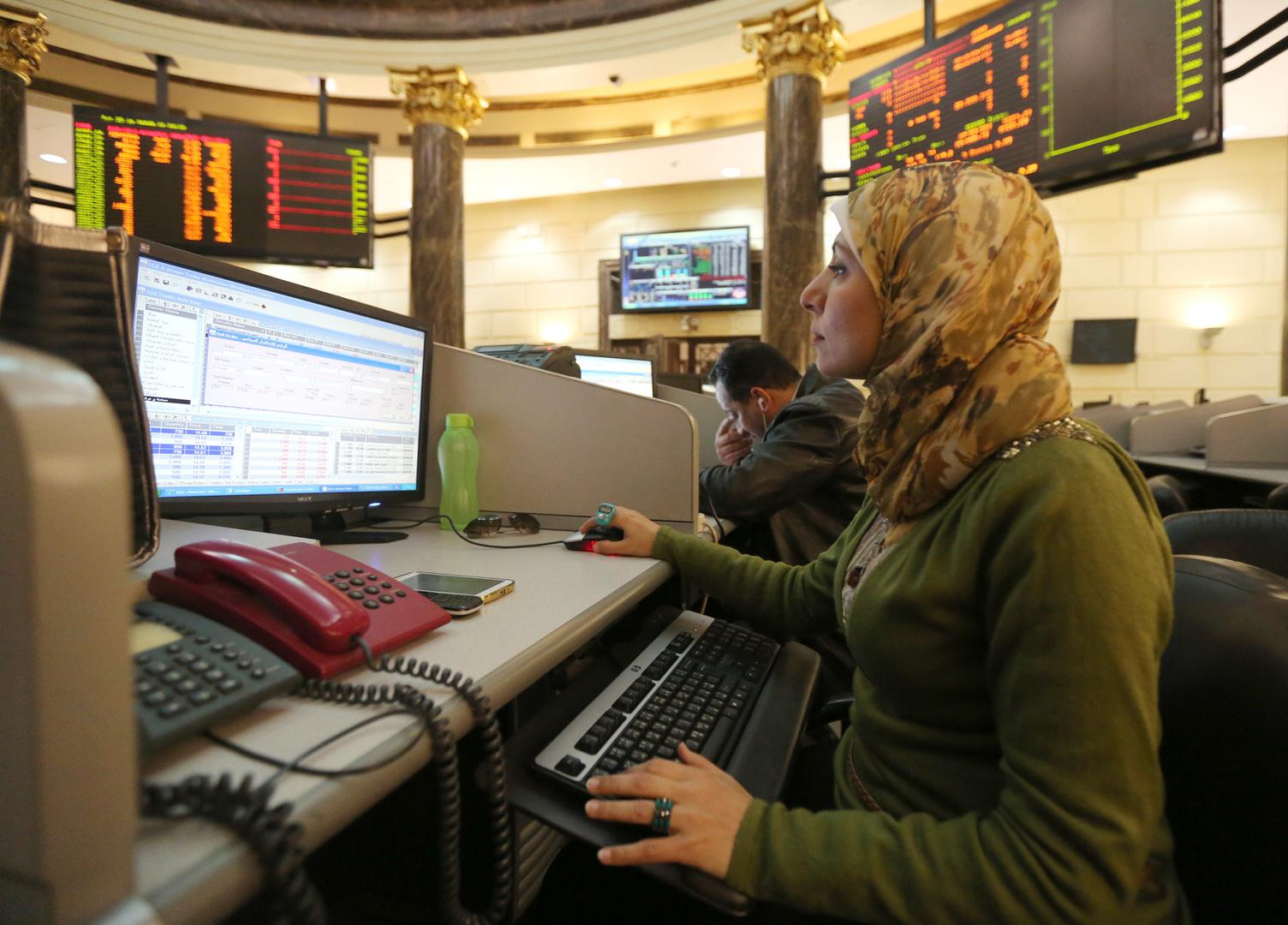 البورصة المصرية تخسر 265 مليون دولار في يوم واحد