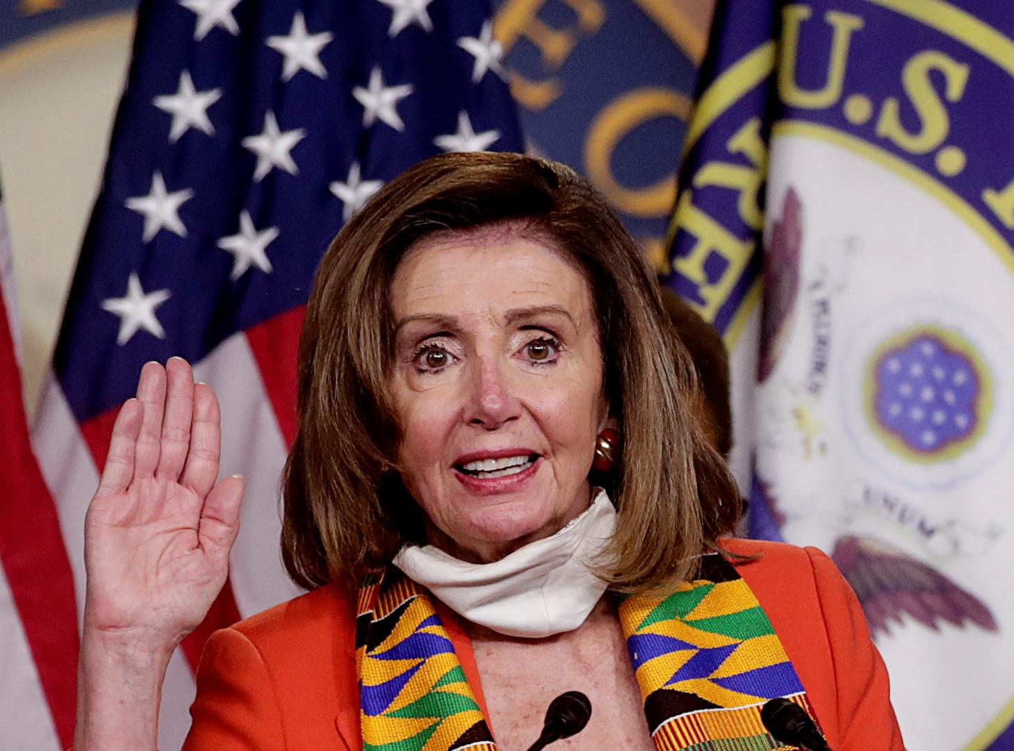 بيلوسي تطالب بإزالة 11 تمثالا لرموز الجنوب في الحرب الأهلية الأمريكية من مقر الكونغرس