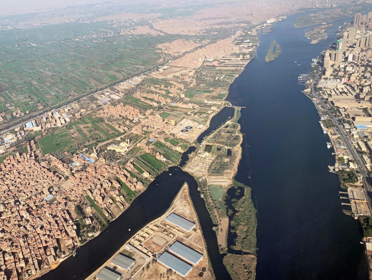يقسمون النيل