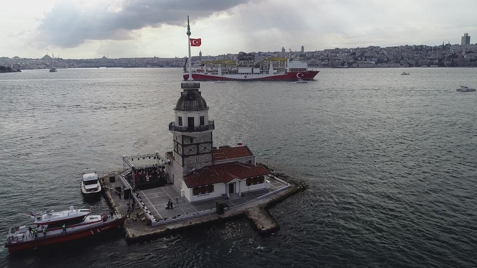 جيولوجي تركي يحذر من تعرض إسطنبول لتسونامي مدمر