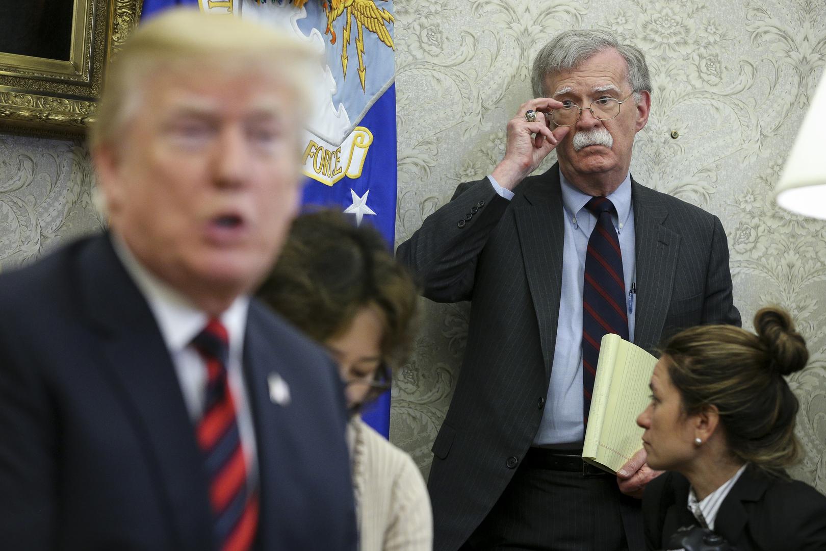 ذكريات بولتون: ترامب اعتبر فنزويلا