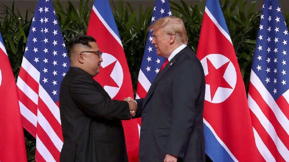 ترامب يمدد العقوبات على كوريا الشمالية لمدة عام