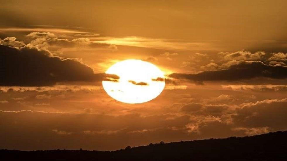 الشمس - أرشيف