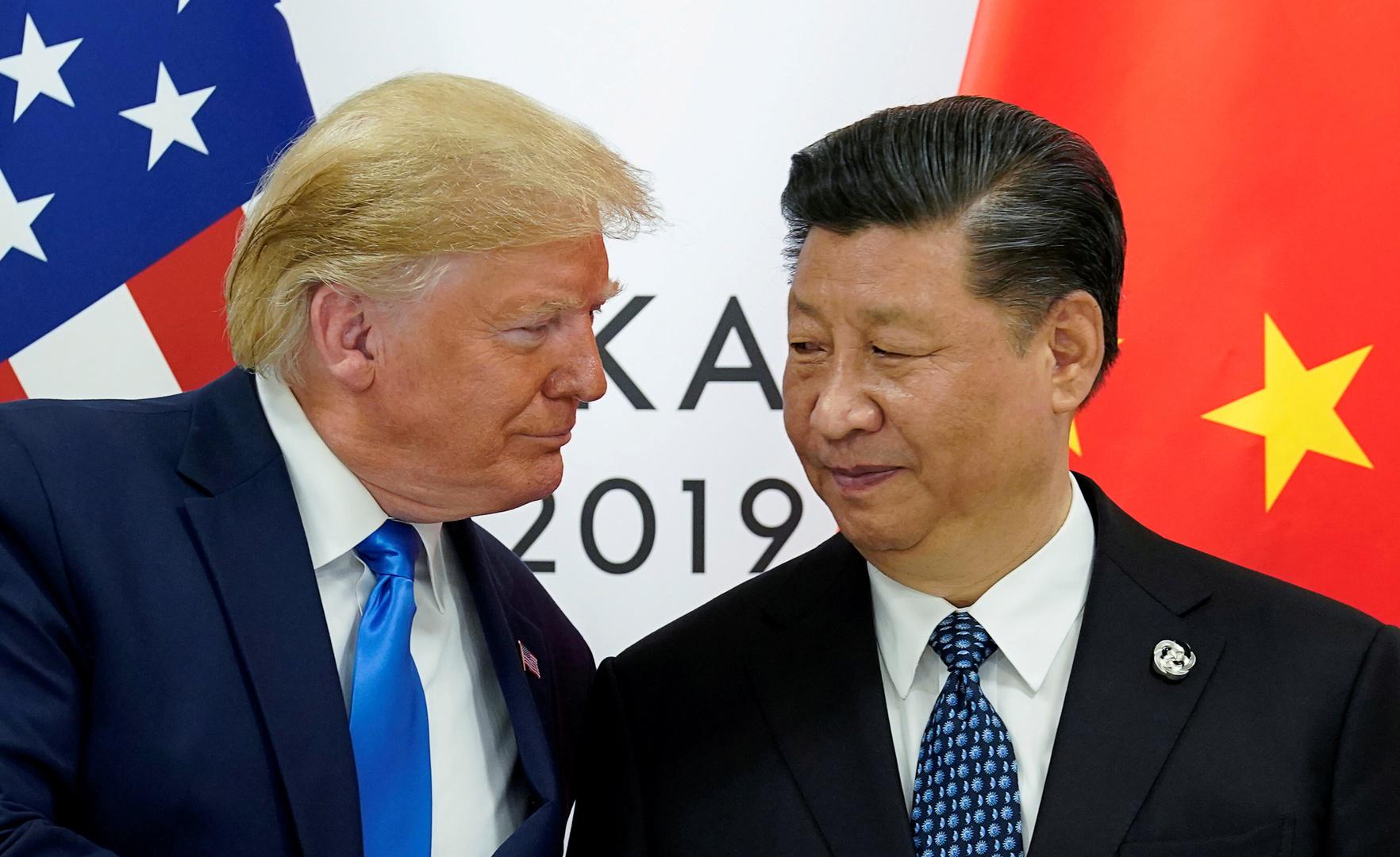 الرئيس الصيني، شي جين بينغ، ونظيره الأمريكي، دونالد ترامب.