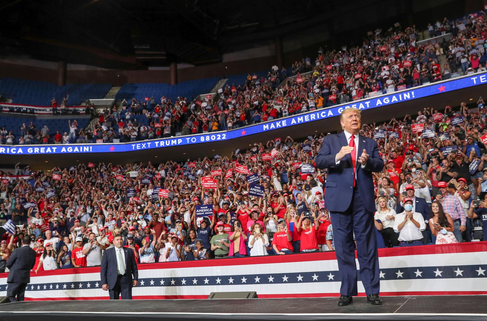 الرئيس الأمريكي، دونالد ترامب، خلال مؤتمره الانتخابي في مدينة تولسا لولاية أوكلاهوما يوم 20 يونيو.