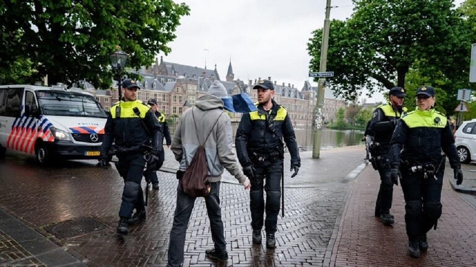 هولندا.. اعتقال العشرات خلال احتجاج على قيود كورونا
