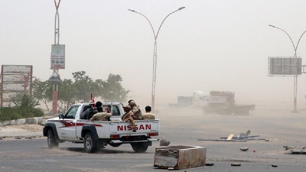 غريفيث يحث الأطراف اليمنية على وقف التصعيد العسكري