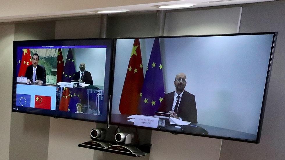 الاتحاد الأوروبي والصين يسعيان لتهدئة التوترات خلال قمة افتراضية
