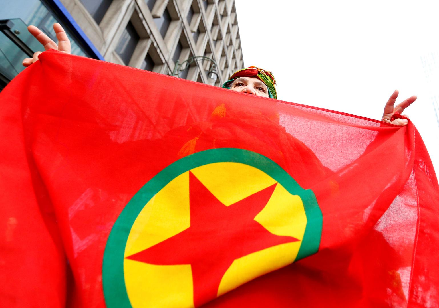 المجلس العربي: حزب العمال الكردستاني مزق العلم العراقي ورفع علمه في كركوك