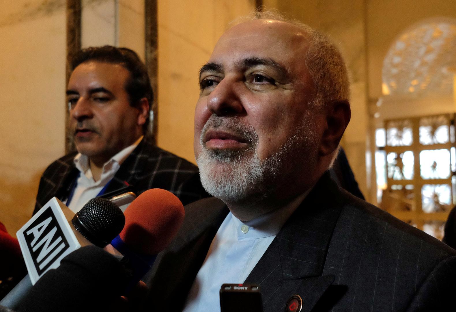 محمد جواد ظريف، وزير الخارجية الإيراني، صورة من الأرشيف