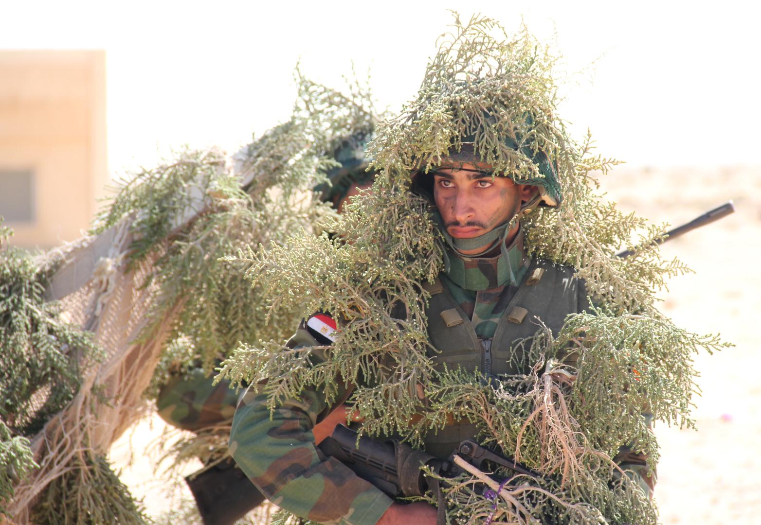 القوات البحرية المصرية تمتلك قاذف