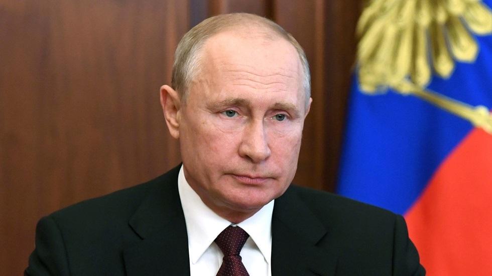 بوتين يعدّل المسار الاقتصادي للبلاد بسبب كورونا
