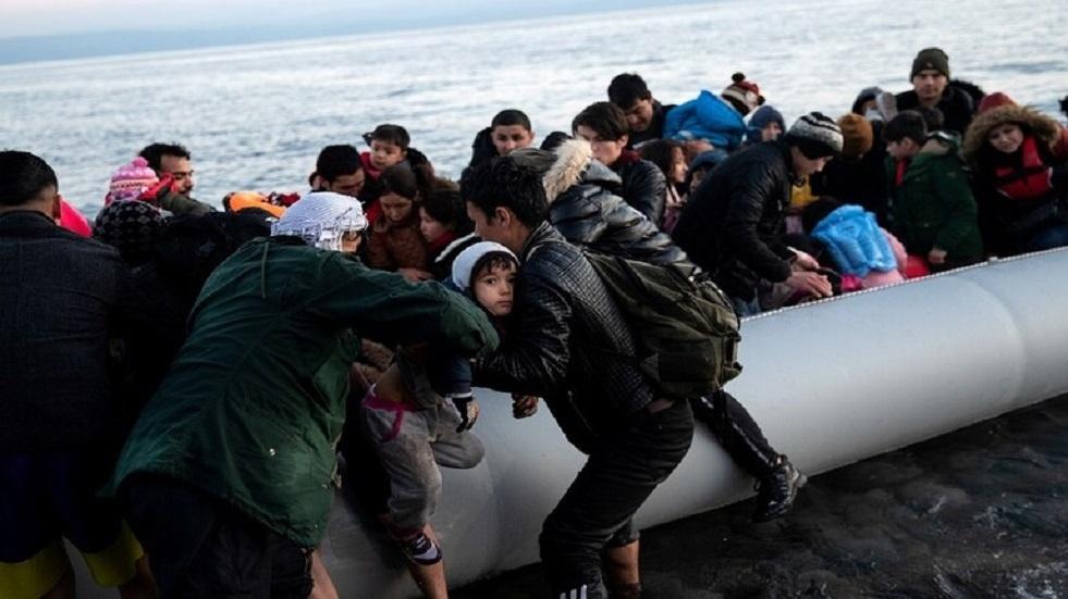 سيناتورة إيطالية: يجب وقف استقبال المهاجرين بعد وصول مصابين بكورونا منهم