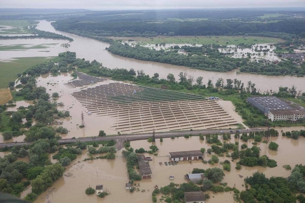 أوكرانيا.. مقتل 3 أشخاص وإجلاء المئات بسبب الفيضانات