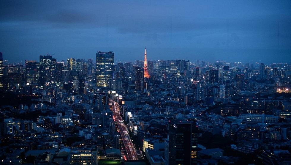 طوكيو في الليل