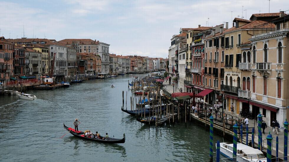 إيطاليا تسجل 30 وفاة و259 إصابة جديدة بفيروس كورونا مقابل 890 شفاء
