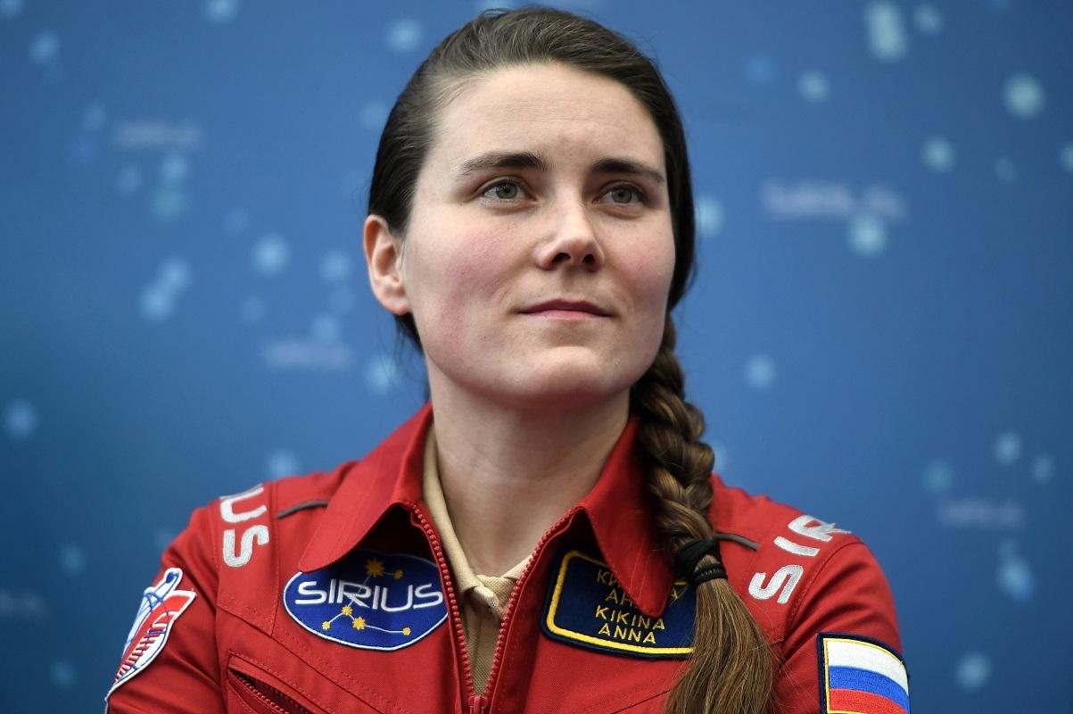 رائدة فضاء روسية تصل إلى المحطة الفضائية الدولية في العام 2022