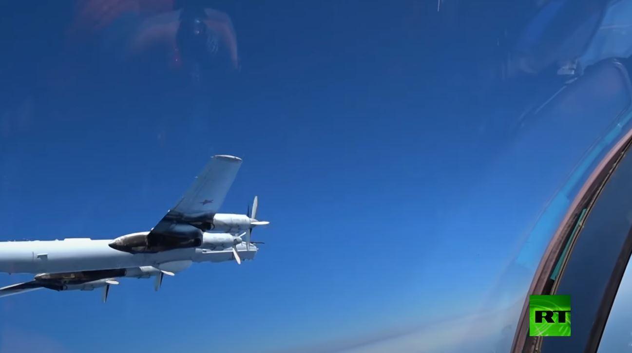 طائرات روسية مضادة للسفن تحلق فوق البحار