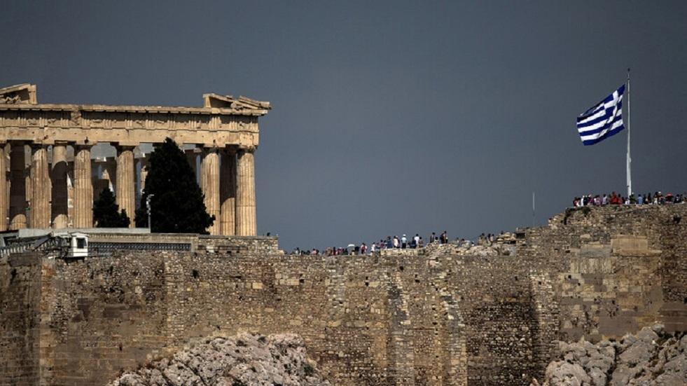 صلاة تأبين في أثينا تخليدا لذكرى بطل المقاومة مانوليس غليزوس
