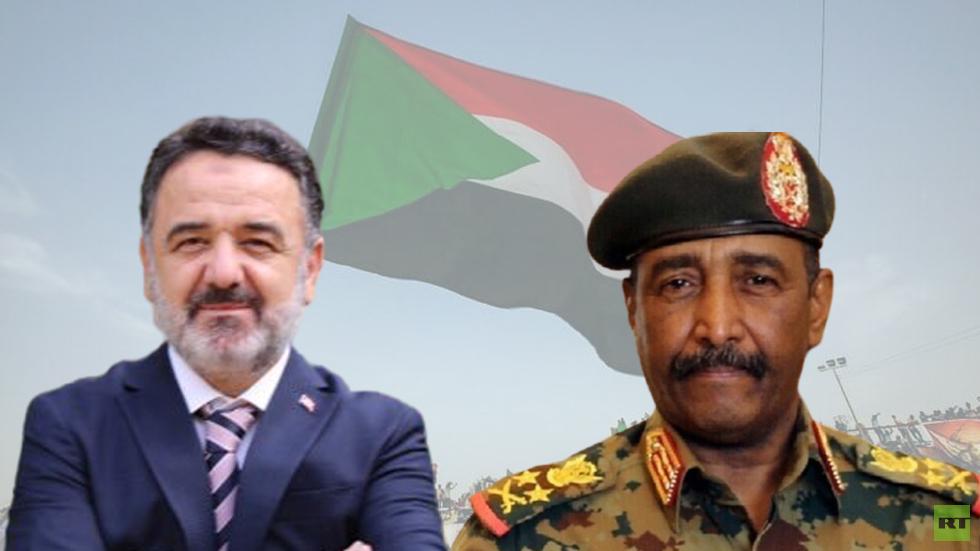 رئيس مجلس السيادة الفريق أول ركن عبد الفتاح البرهان وسفير تركيا لدى السودان السفير عرفان نذير أوغلو