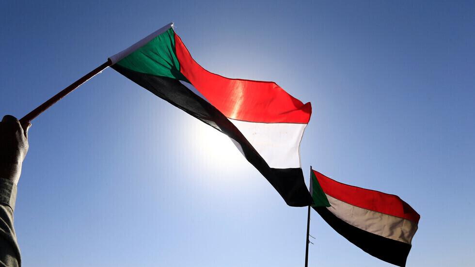 علمان سودانيان.