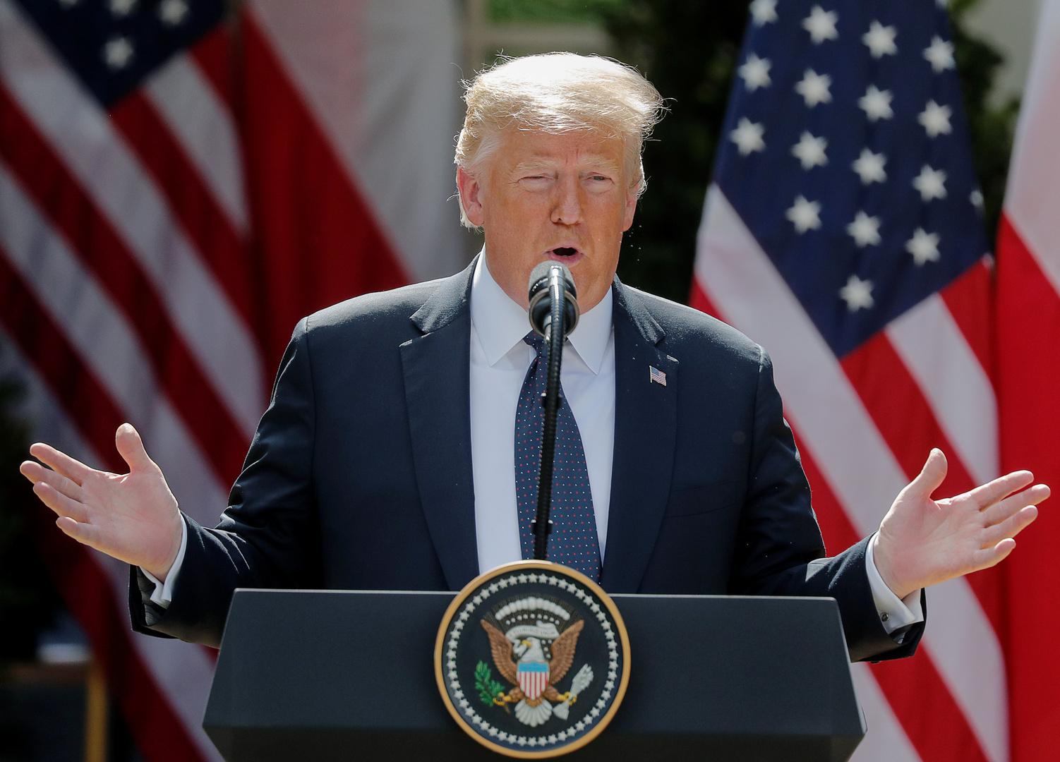 ترامب يفند تقارير عن