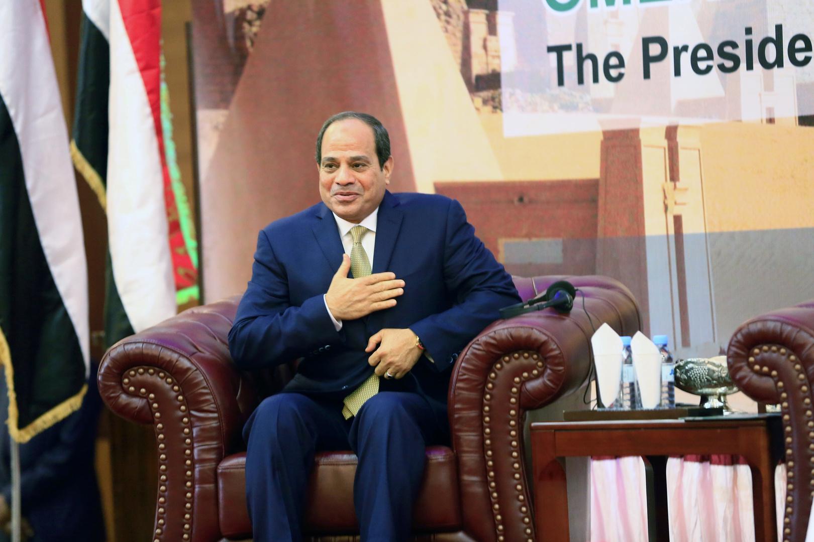 السيسي يفتتح مشروعات ضخمة في مصر
