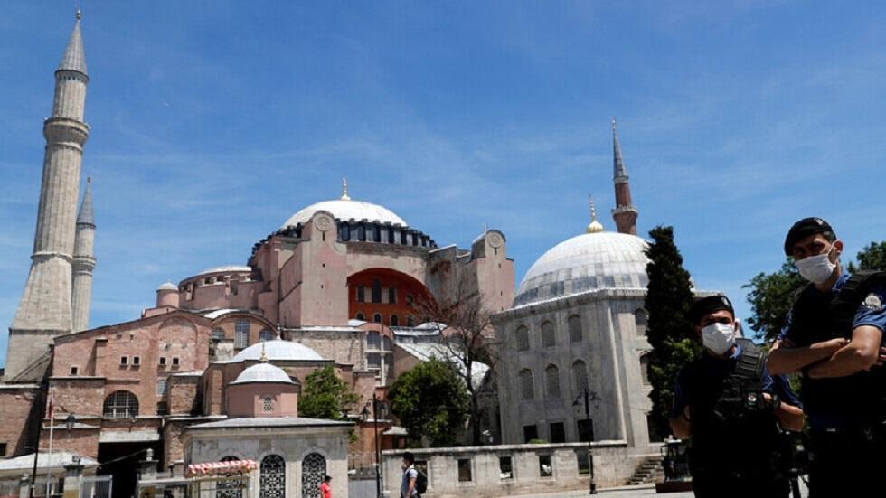 تركيا تمد أجل دعم الأجور المرتبط بفيروس كورونا شهرا