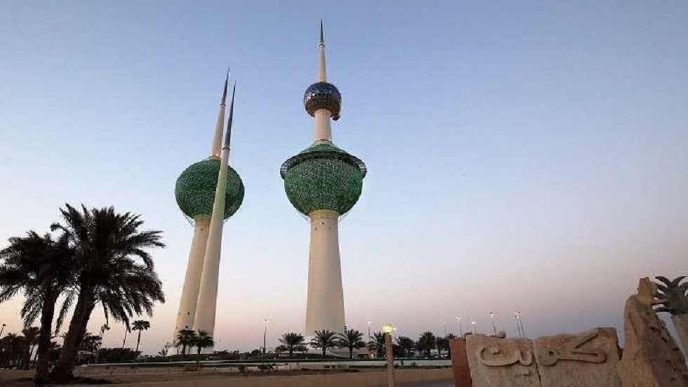 هيئة الموانئ الكويتية: اندلاع حريق غربي ميناء عبد الله (صورة)